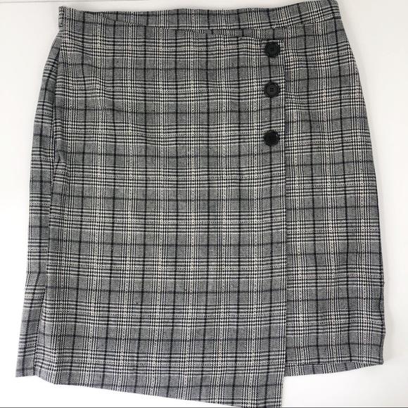 Eloquii Dresses & Skirts - Eloquii Plaid Skirt Button Front size 20